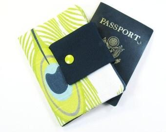 Travel Passport Holder / Passport Wallet / Passport Case - Lime Green Peacock Feather