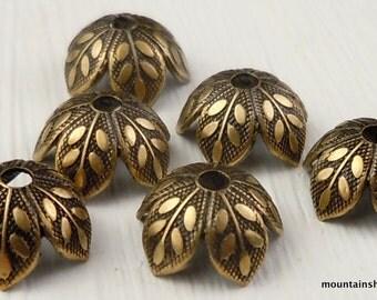 6 Brass Botanical 8mm Bead Cap in Antique Gold (G - 695)