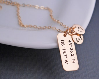 Custom Coordinates Jewelry Personalized, Anniversary Gift for Wife, Latitude Longitude Necklace, Personalized Necklace for Wife