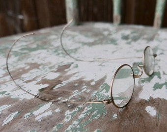 "Antique Spectacles ""Hardy"""