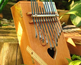 African percussion - Kalimba - 11 note