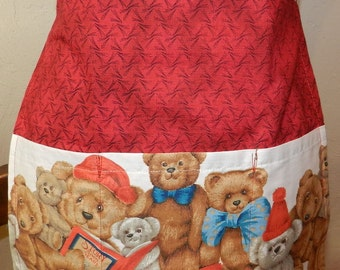 Holiday Apron with Teddy Bears half Apron Reversible with 3 pockets on both sides. Great gift Under 20