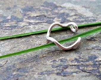 18g squiggly hoop-- custom nose ring-- primitive series-- handmade by thebeadedily