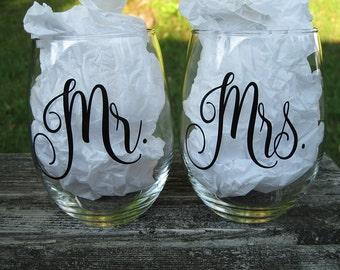 Mr. & Mrs. Stemless Wine Glass Set