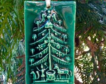 Green Vintage Style Christmas Tree Ornament Tile