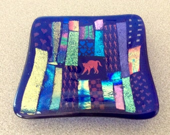 Small Dichroic Cat Dish - Tribute to Bastet