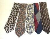 All silk Men's necktie LOT, 5 ties 100% Silk 70s to 80s ,Two Italian Silk Good condition