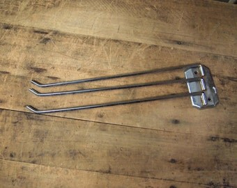Free Shipping Fanning Drying rack Pant, Tie hanger holder Whatsit Vintage Wall mount