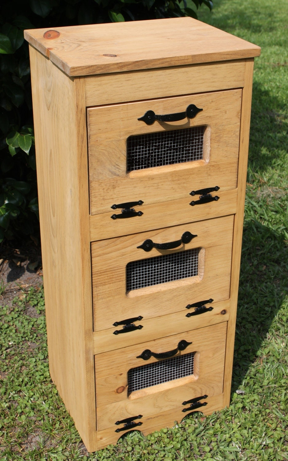 wood vegetable bin potato storage rustic cupboard primitive. Black Bedroom Furniture Sets. Home Design Ideas