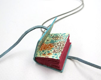 Miniature book necklace, book pendant, tiny diary, jewelery