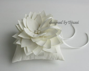 Wedding rings pillow with ivory Lily flower  ---ring bearer pillow, wedding rings pillow, wedding pillow, ready to ship