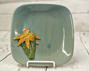 Daffodil Plate