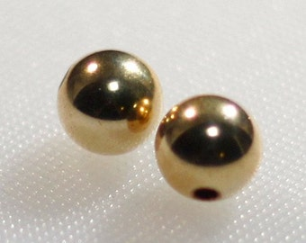 Pair of 10 mm gold filled round beads