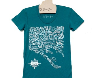 Baltimore Neighborhoods Map Tee in EMERALD