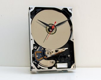 steampunk clock, Geek clock gift, hard drive clock, Computer parts clock,  upcycled,  geek lovers gift, Recycled Computer Hard Drive Clock,