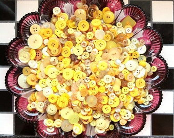 Buttons - Supplies - 100 Yellow Buttons, Yellow Vintage Button Lot, craft buttons