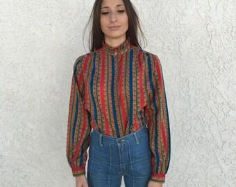 Sweet sliky 70s secretary blouse