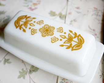 Vintage Pyrex Butter Dish, Butterfly Gold and Milkglass Corning Butter Dish