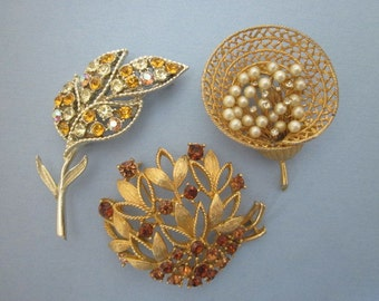 Vintage Rhinestone Brooches destash