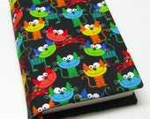 Bookcover, TRADE SIZE paperback book cover,  book protector, cotton, padded cover, smiley cat faces
