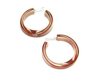 Tortoise Hoop Earrings | Marbled Brown Lucite Hoops - leetie vintage lucite l pin up post earrings