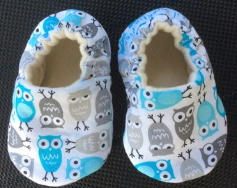 Baby Shoes, Baby Slippers, Soft Sole Baby Shoes, Gender neutral, Baby Shower Gift, Aqua, Gray, Owls