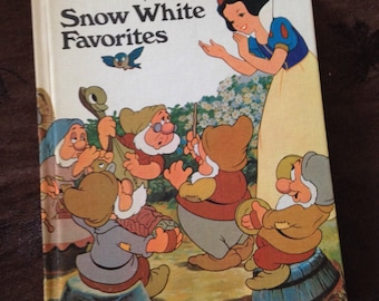 Vintage Book Walt Disney's Snow White Favorites