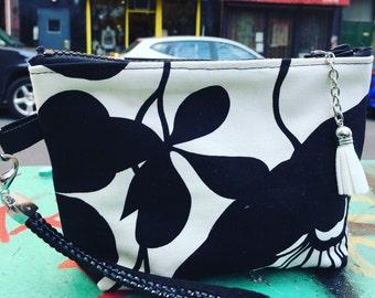 "Black and White Cotton Floral 7""  Wristlet, Swinger, Clutch, Make Up Case"