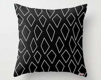 Pillow cover - Black and white Pillow - Modern pillow cover - Couch pillow - Decorative pillow - contemporary decor - Cushion