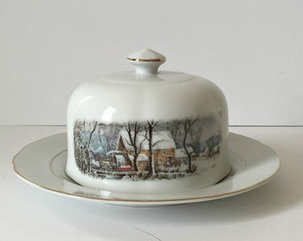 Avon collectible 1977 Currier and Ives covered butter dish