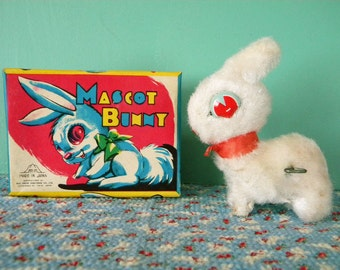 Vintage Mechanical Mascot Hopping Bunny Wind Up Easter Toy Japan in Original Box
