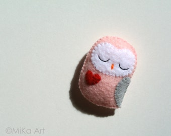 Owl Brooch Owl Felt Brooch Owl Felt Pin Handmade Gift for Her Owl Fashion Accessory Pastel Pink Grey Owl Stuffed Animal Owl Gift for Girls