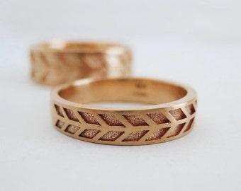 4mm Arrow Wedding Band | Men's Rose Gold Wedding Band | Eco friendly recycled gold band | 14k 18k Rose Gold Wedding Ring