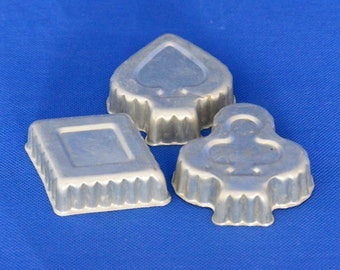 Card Suit Mini Cake Tins or Jello Molds - Clubs, Spades, Diamonds