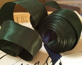 """5 Yards of Rayon Taffeta Wired Ribbon in Forest Green (1"""")"""