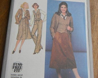 Vintage Simplicity Pants, Skirt, Jacket and Vest Pattern #8702 Uncut Size 16