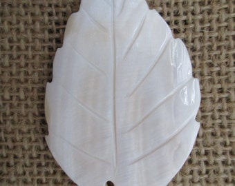 Blacklip Shell Leaf Pendant