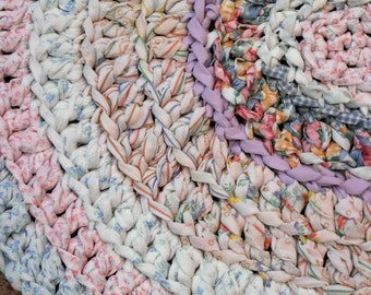 "Pastel shabby chic oval rag rug, washable 36"" x 31"""