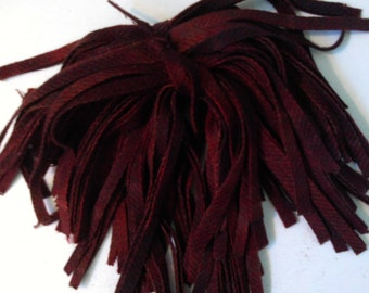 80 Hand Dyed Wool Rug Hooking Strips Cranberry Plaid