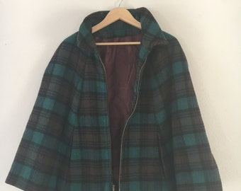 Vintage Wool Green Blue Plaid Zip Up Cape With Pockets