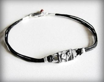Silver Heart bracelet, Friendship bracelet, love anniversary birthday bracelet, Christmas gift, gift for woman, gift for her, ready to ship