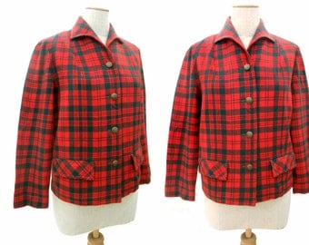 Unworn Vintage 60s Pendleton Red and Green Plaid Jacket Unlined NOS Lightweight Wool Jacket One Piece Italian Collar Size Medium Long Sleeve