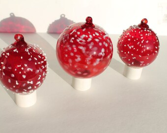 Hand-Blown Red Glass  Ornaments   (Stock #ERB-3-3)