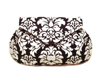 Bridesmaid Gift, Black and white damask Clutch, Dressy Clutch, Damask Print Bag, Small Purse, Wedding party gift, Bridal shower Gift, clutch