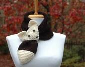 Knit Fox Scarf , Black and White Fox Scarf, Novelty Animal Keyhole Scarf, Original Design, Women's Scarf, Winter Scarf, Vegan Scarf,