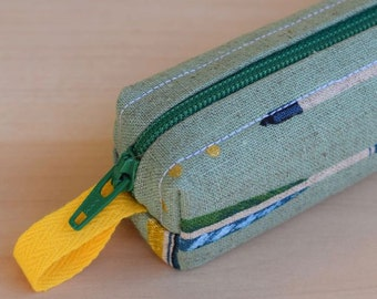 Arrows with Gold Dots Bitty Bag (petite pencil or makeup case)