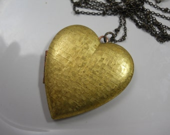 Large Vintage Solid Brass Heart Locket Women's Necklace LOVE Locket Brass Chain Romance Memories Keepsake Long Layering Necklace Layer