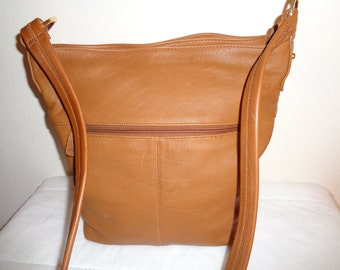 sale Stone Mountain large tote thick soft  genuine  leather hobo, satchel, purse , cross body bag in caramel brown vintage 90s