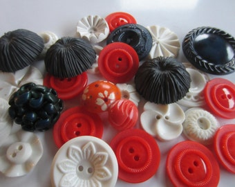Vintage Buttons - Cottage chic mix navy blue, orange and white lot of 25, old and sweet (jan 228b)