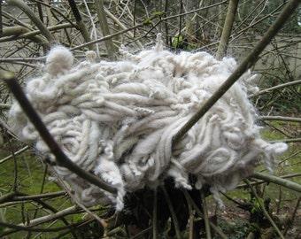 Alpaca Art Yarn, Mossy Green & Beige Handspun Yarn, Handspun Singles, Overspun Twisted Yarn to Knit Crochet or Needle Felt' 118 yd singles